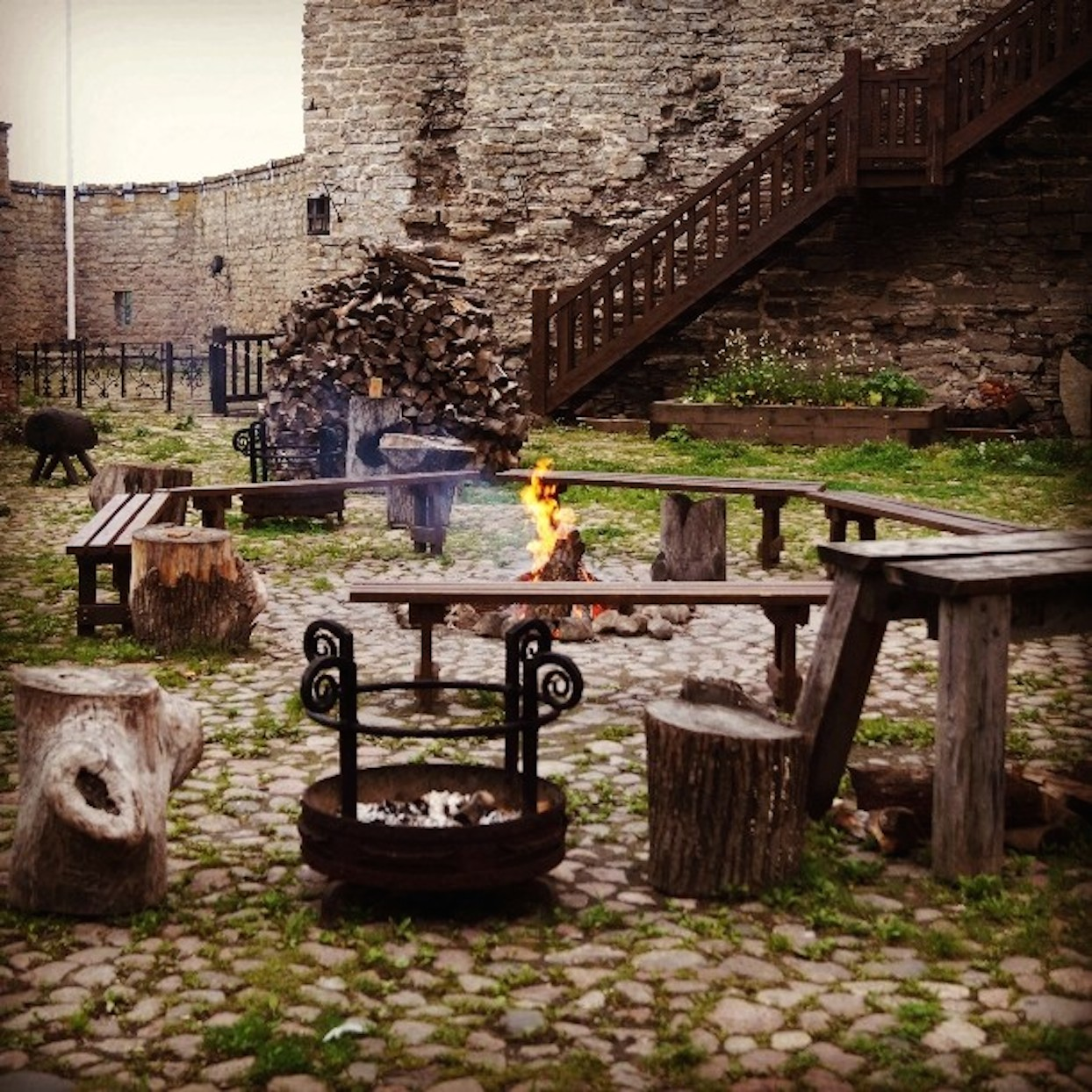 Narva: Fireplace
