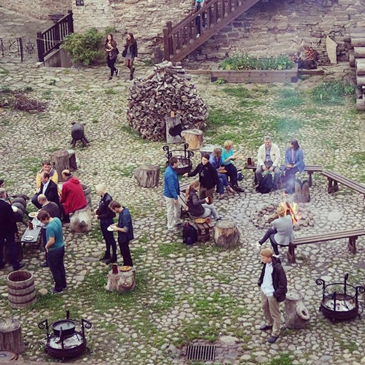 Narva: Community